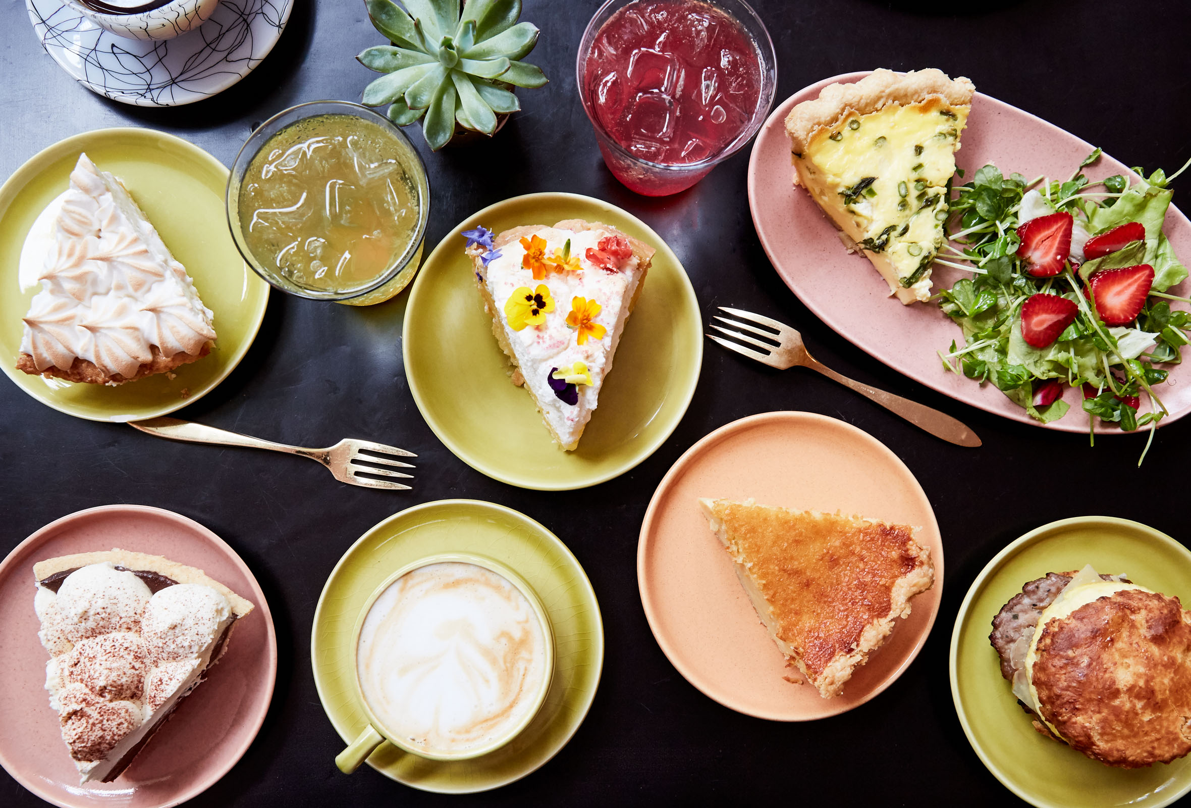 Choose Whatever You Like at Petee's Pie Company – From Sweet to Savory Pies, Cookies and Coffee etc.