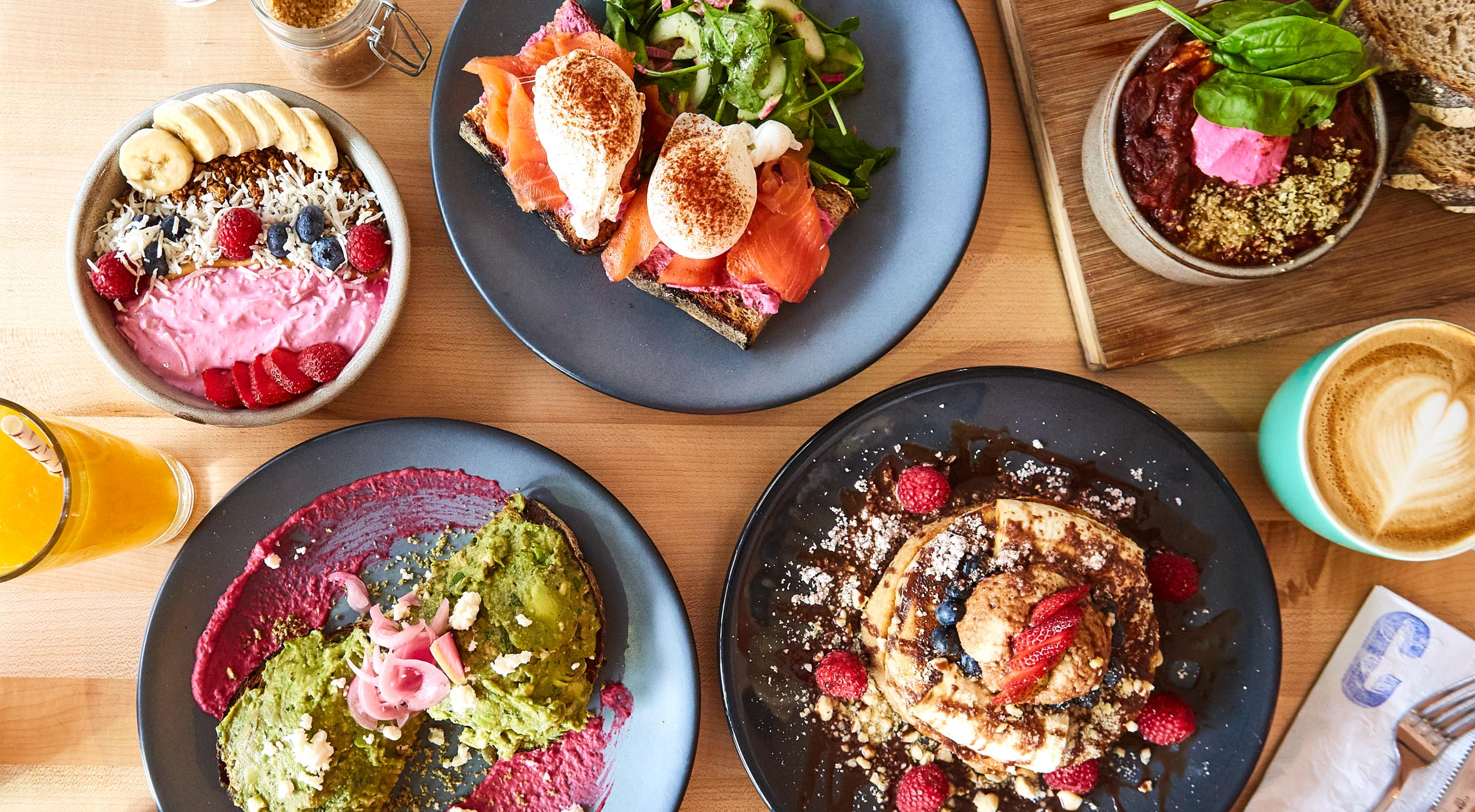 Choose Whatever You Like at Citizens of Gramercy – From Smashing Avocado to Salmon Eggs, Barbie Bowls, Fluffy Pancakes etc.
